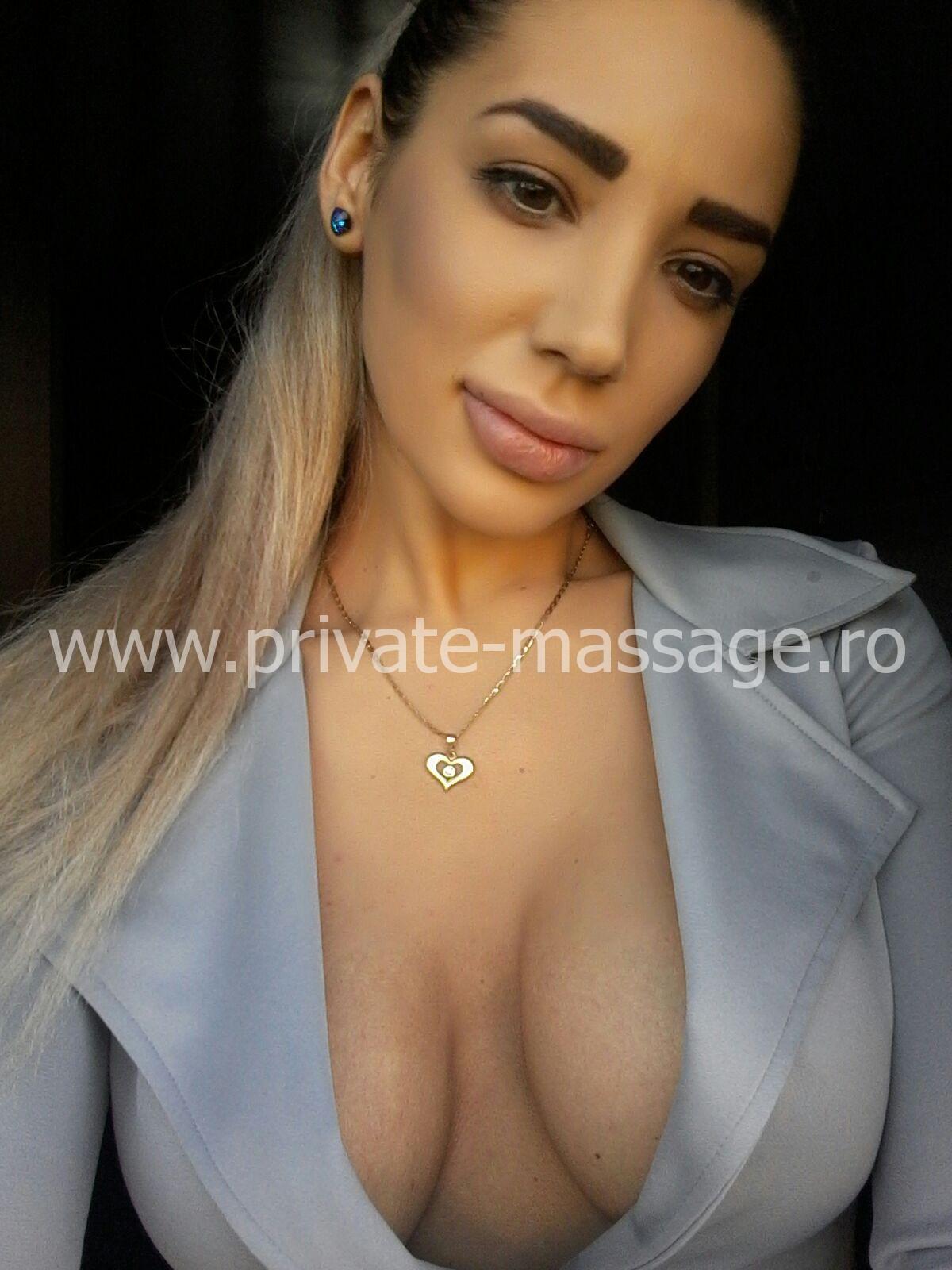 anabelle-masaj-erotic-photo5.jpeg